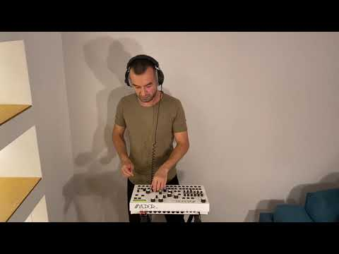 KiNK meets Modor Music DR 2 Drummachine Lockdown Jam Part 3