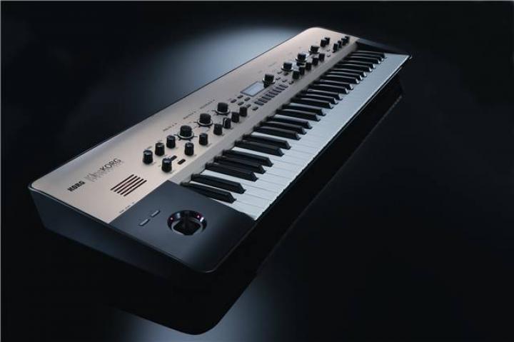 king-korg-analog-synthesizer