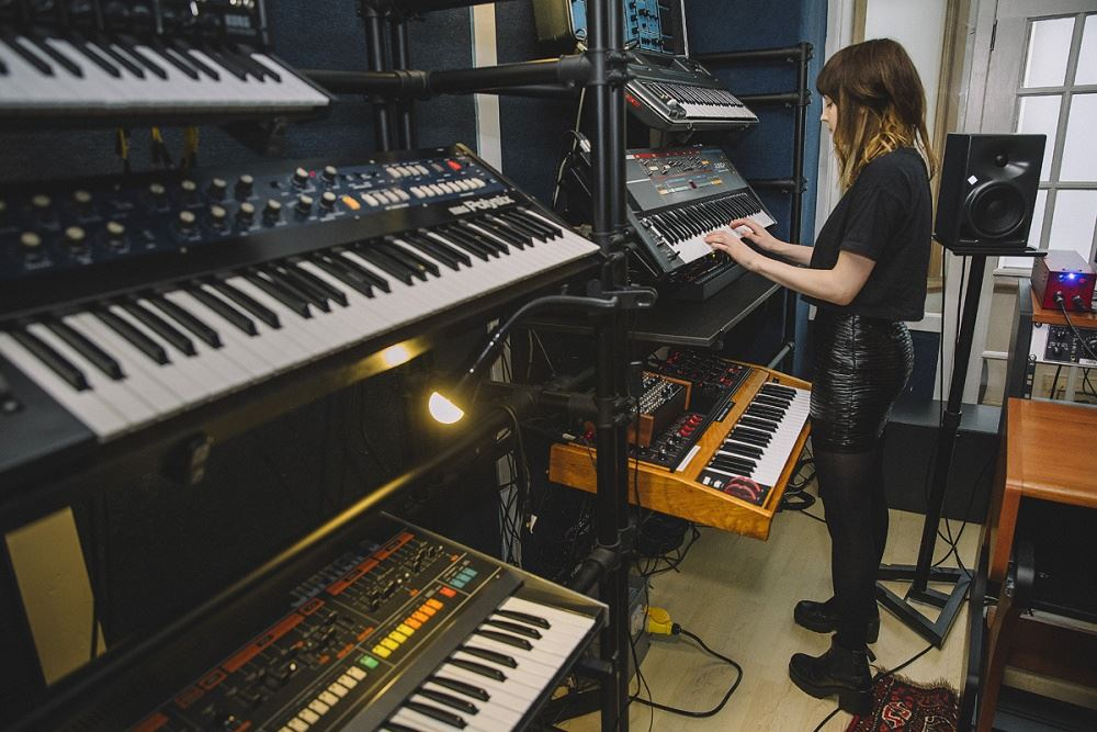 chvrches II studio - Sequencer