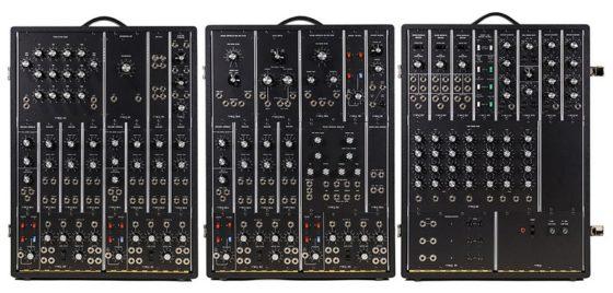 moog-synthesizer-iiip