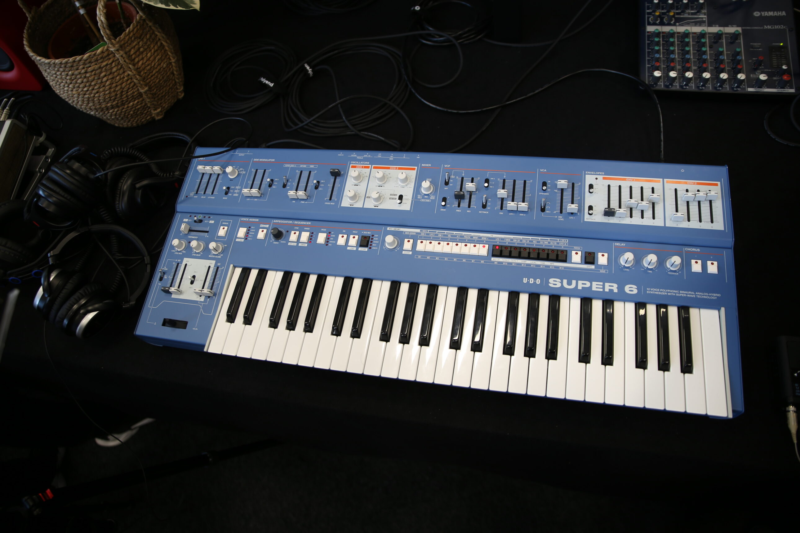 UDO Super 6 Synthesizer