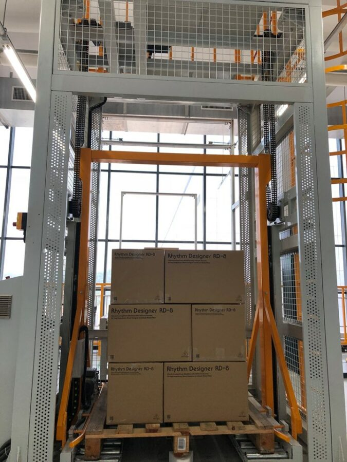 Behringer RD8-Kisten bereit