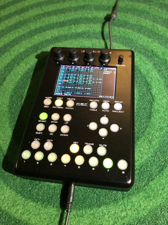 NerdSeq Portable von Xor-Electronics