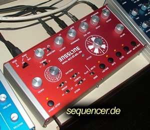 Acidlab Bassline synthesizer