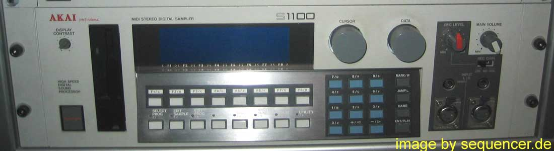 Akai S1000, S1100 synthesizer