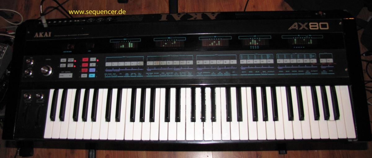 Akai AX80 synthesizer