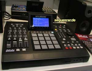 Akai MPC5000 synthesizer