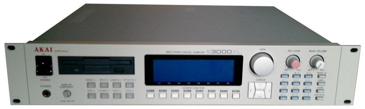 Akai S3000XL, S3200XL, CD3000XL synthesizer