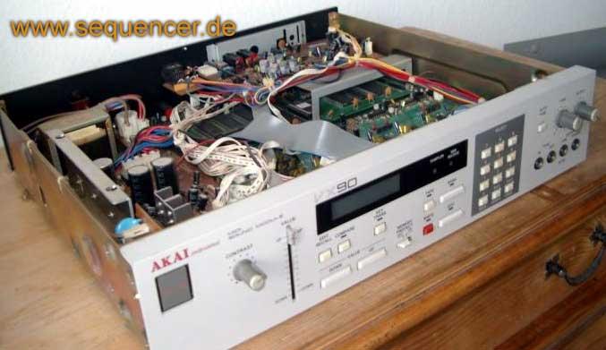 Akai VX-90 VX-90 analog synth synthesizer