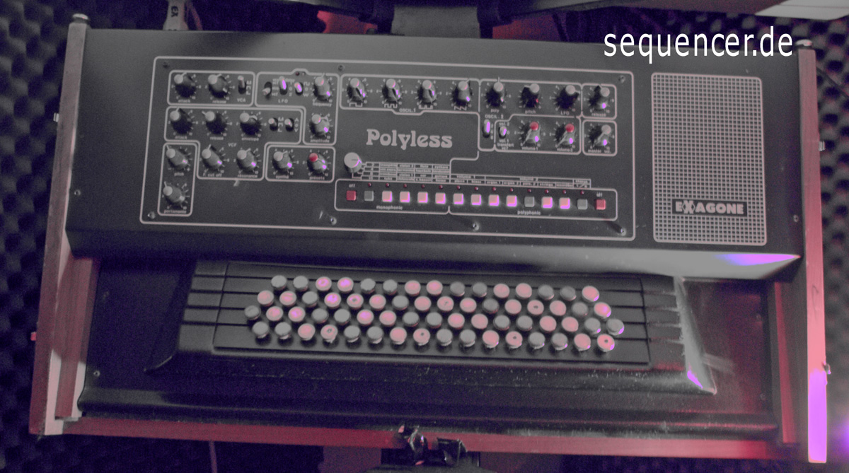 Cavagnolo ExagonePolyless synthesizer