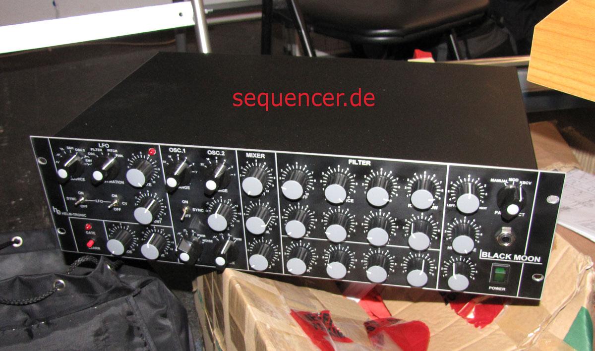 Helmtronic BlackMoon synthesizer