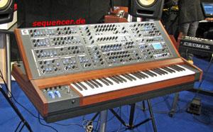 Schmidt Schmidt synthesizer