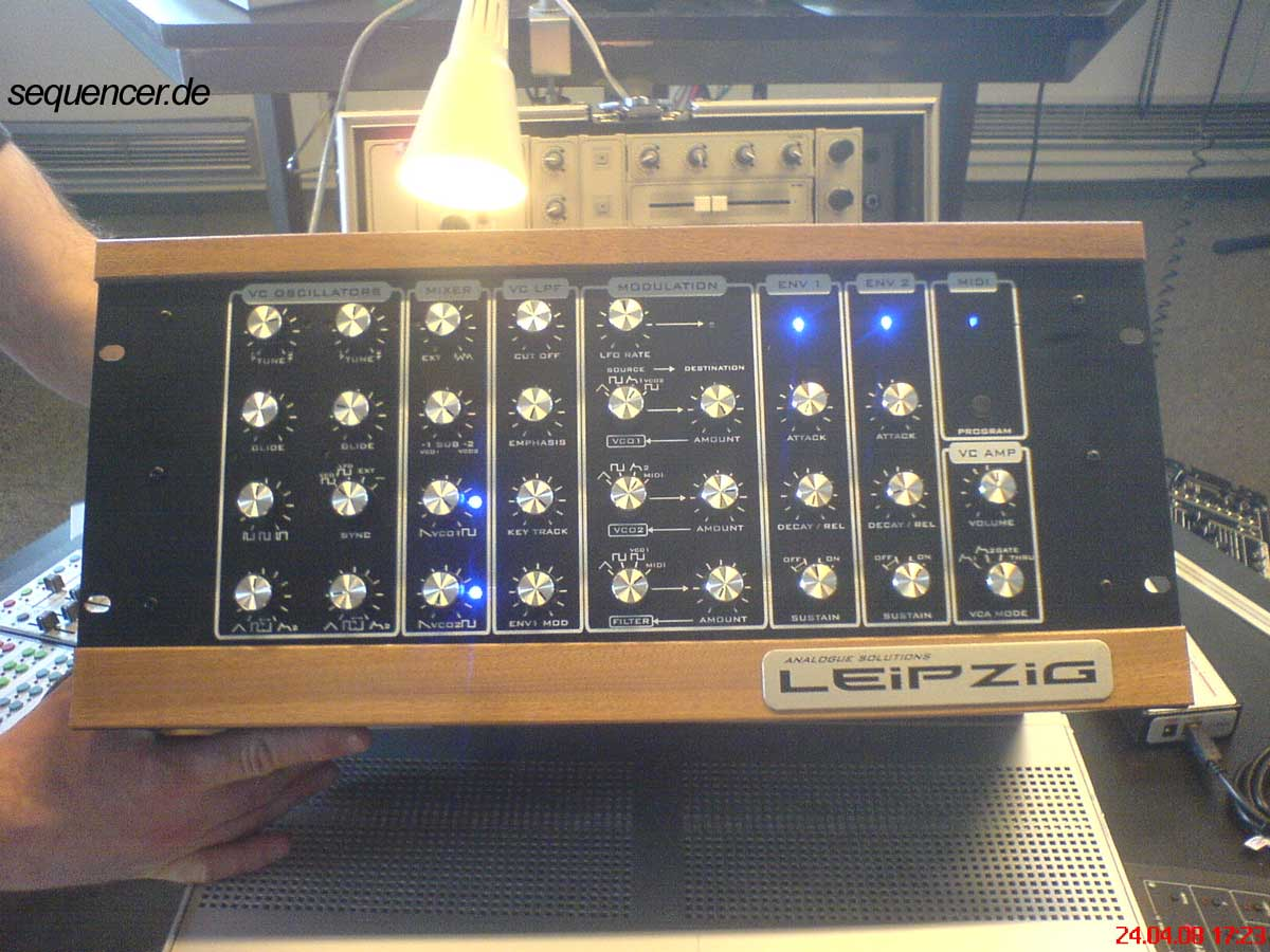Analogue Solutions LeipzigK LeipzigR synthesizer
