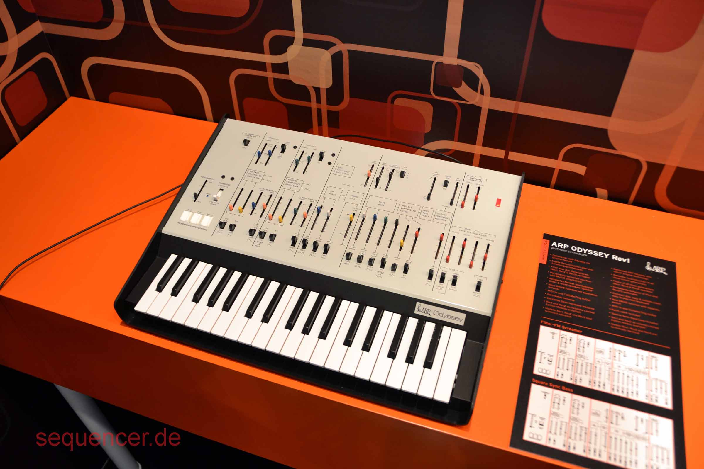 Korg Odyssey Rev1 Korg Odyssey Rev1 synthesizer