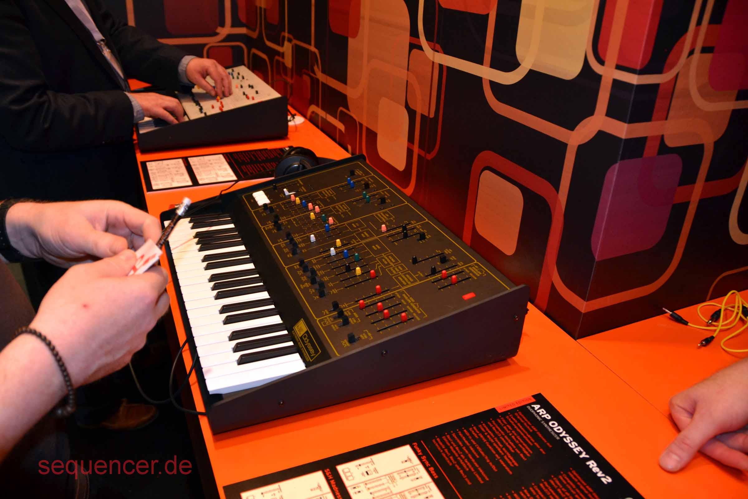 Korg Odyssey Rev2 Korg Odyssey Rev2 synthesizer