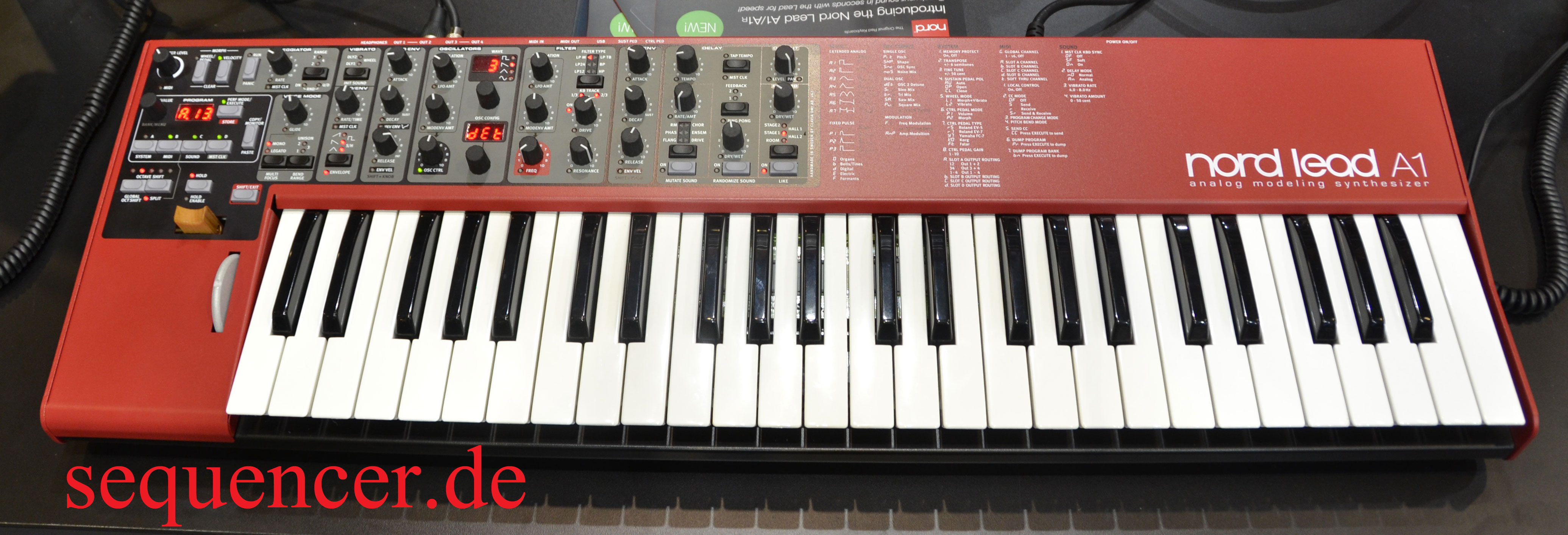 Clavia Nord Lead A1, A1R synthesizer