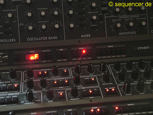 Creamware System 1200 = Pro12 + Minimax System 1200 = Pro12 + Minimax synthesizer