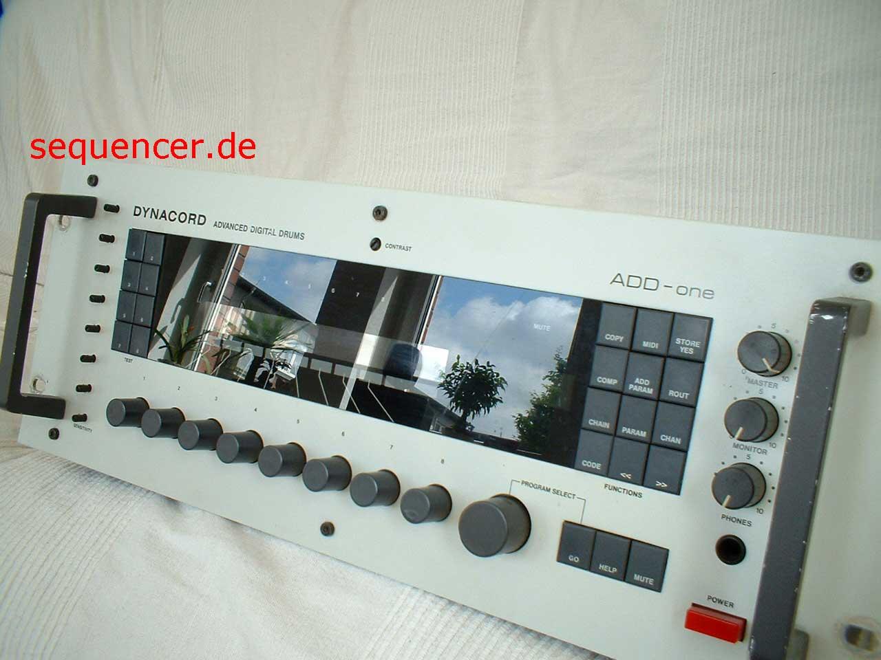 Dynacord AddOne Dynacord AddOne synthesizer