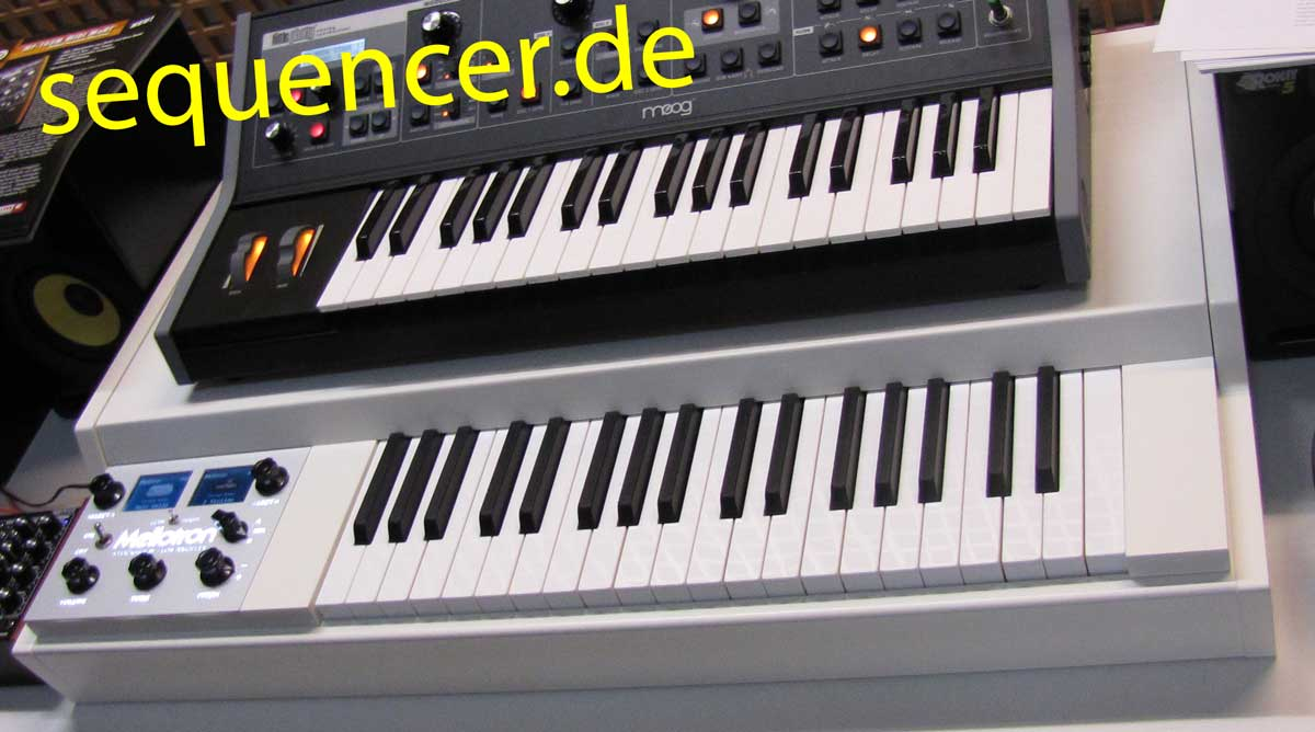 Mellotron Mellotron, M4000D synthesizer