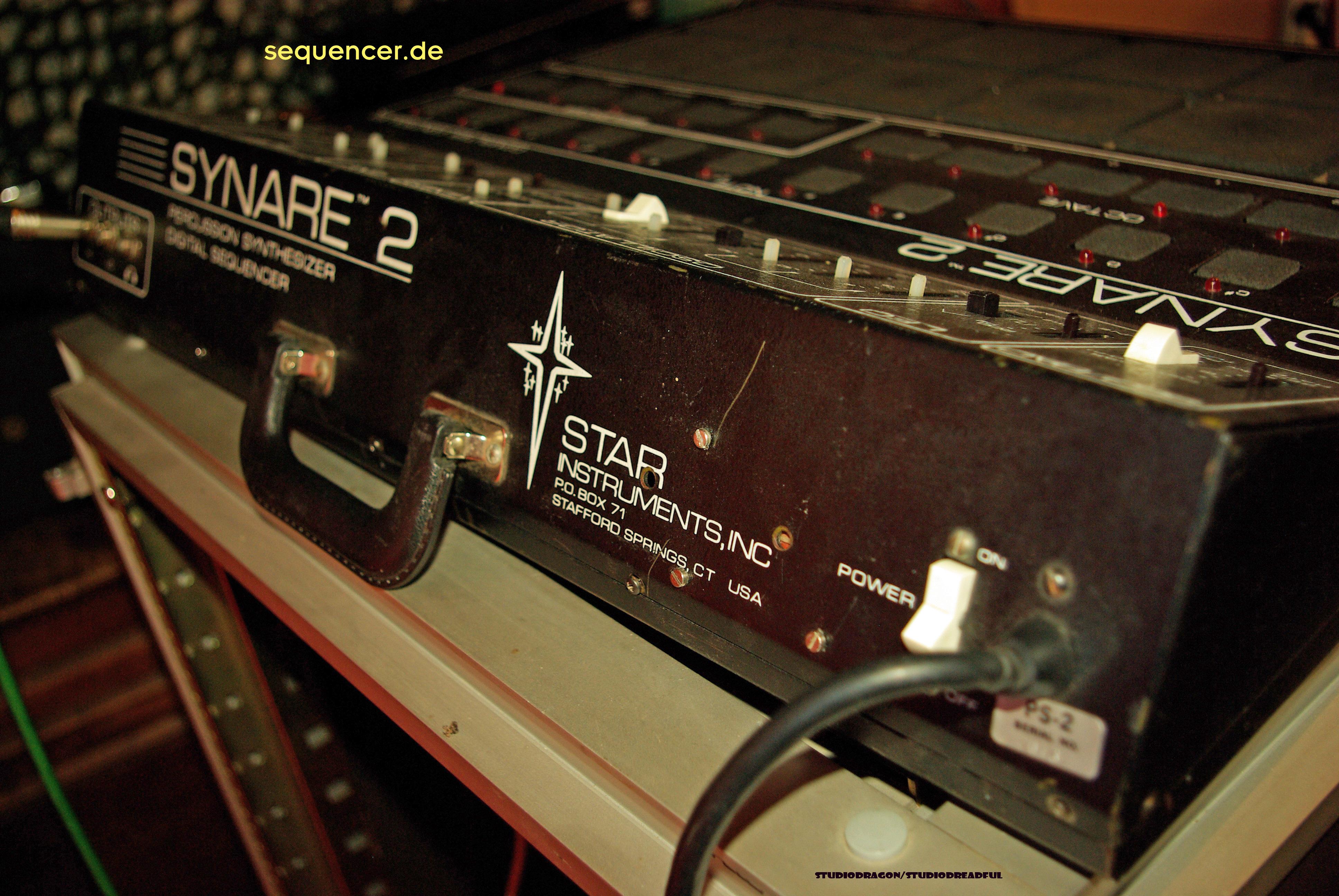 Synare 2 Rückseite Synare 2 rear synthesizer