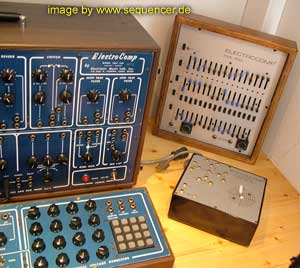 EML 200 electrocomp Synthesizer