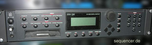 Emu ESI32 synthesizer