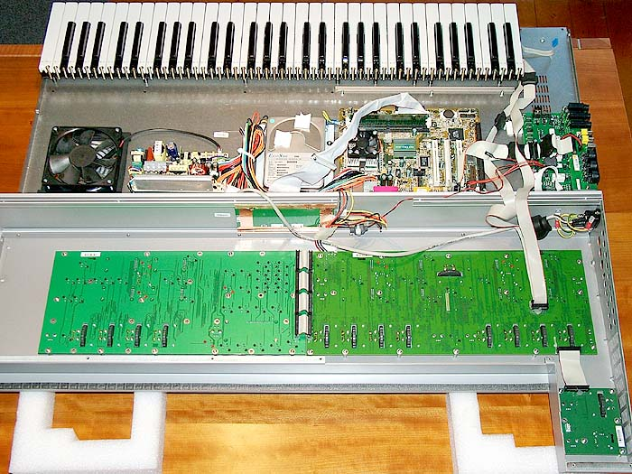 Neuron Hartmann Neuron Interna synthesizer