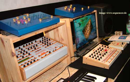 JoMoX ResonatorNeuronium synthesizer