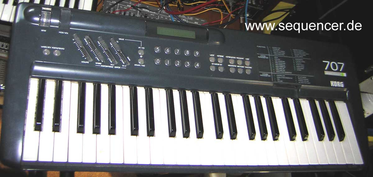 Korg 707 synthesizer