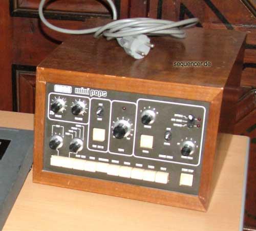 MiniPops 120 Korg MiniPops 120 synthesizer