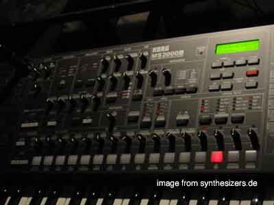 korg ms2000B synthesizer