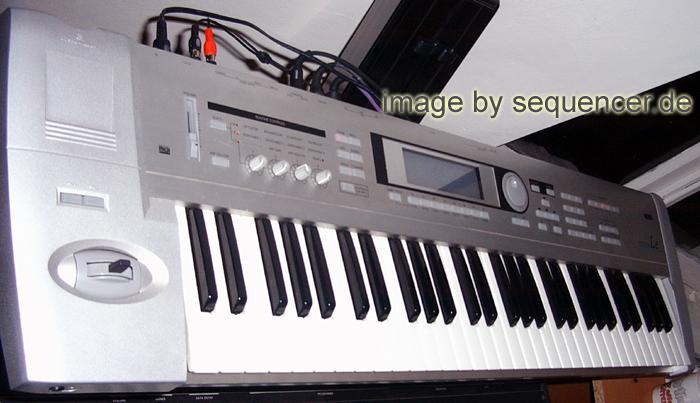 Korg Triton , Triton LE synthesizer