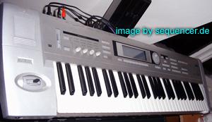 Korg Triton, TritonLE synthesizer