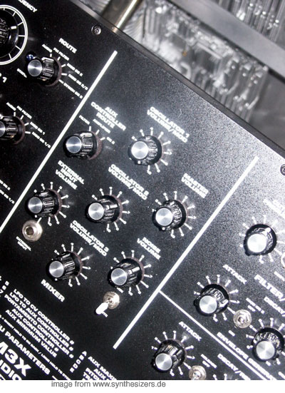 Macbeth M3X Macbeth M3X synthesizer