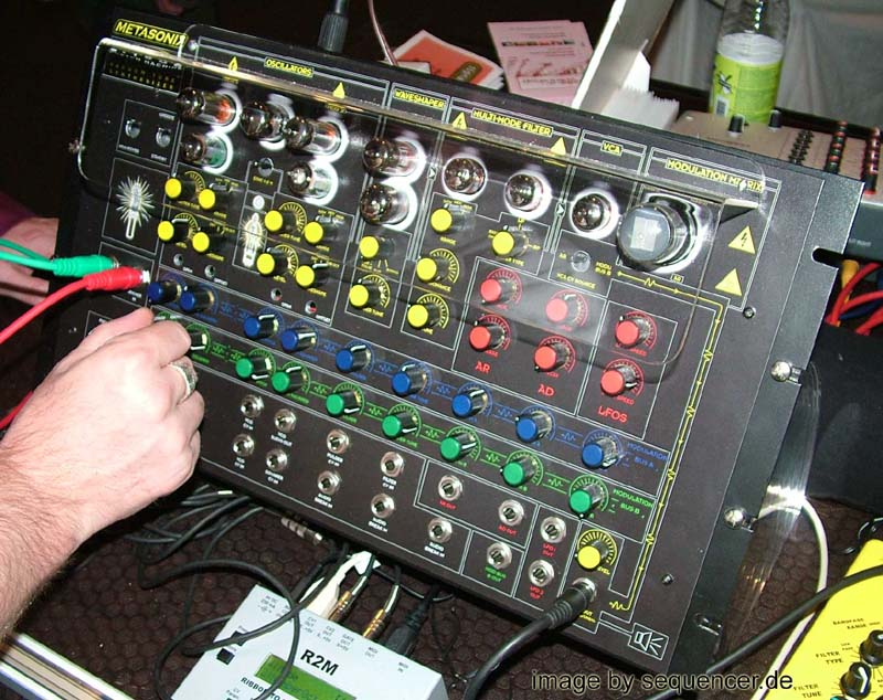 Metasonix S1000, Wretch Machine synthesizer
