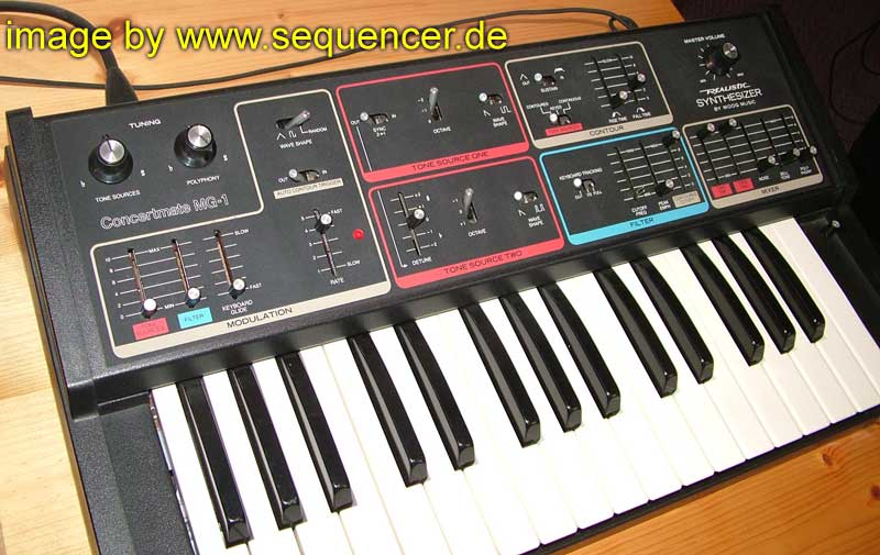 Moog ConcertmateMG1 synthesizer
