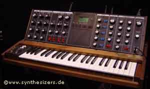 minimoog voyager synthesizer