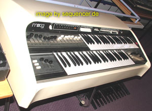 Moog cdx synthesizer