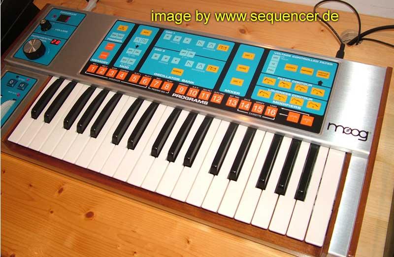 Moog Source synthesizer