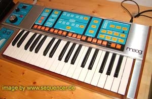 Moog Source synthesizer