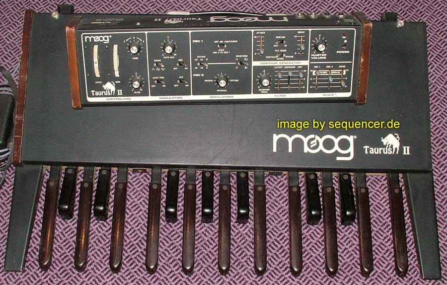 Moog Taurus 2 synthesizer