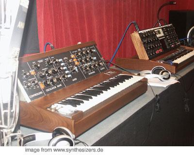Moog Minimoog - Mini Moog Voyager + RME Synthesizer