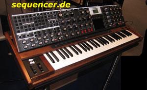 Moog MinimoogVoyagerXL synthesizer