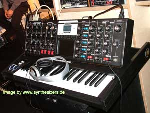 Moog MinimoogVoyager, RME synthesizer