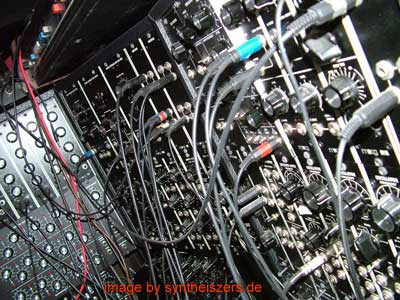 moog modular synthesizer system moogulator