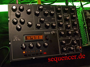 Shruti Shruti synthesizer