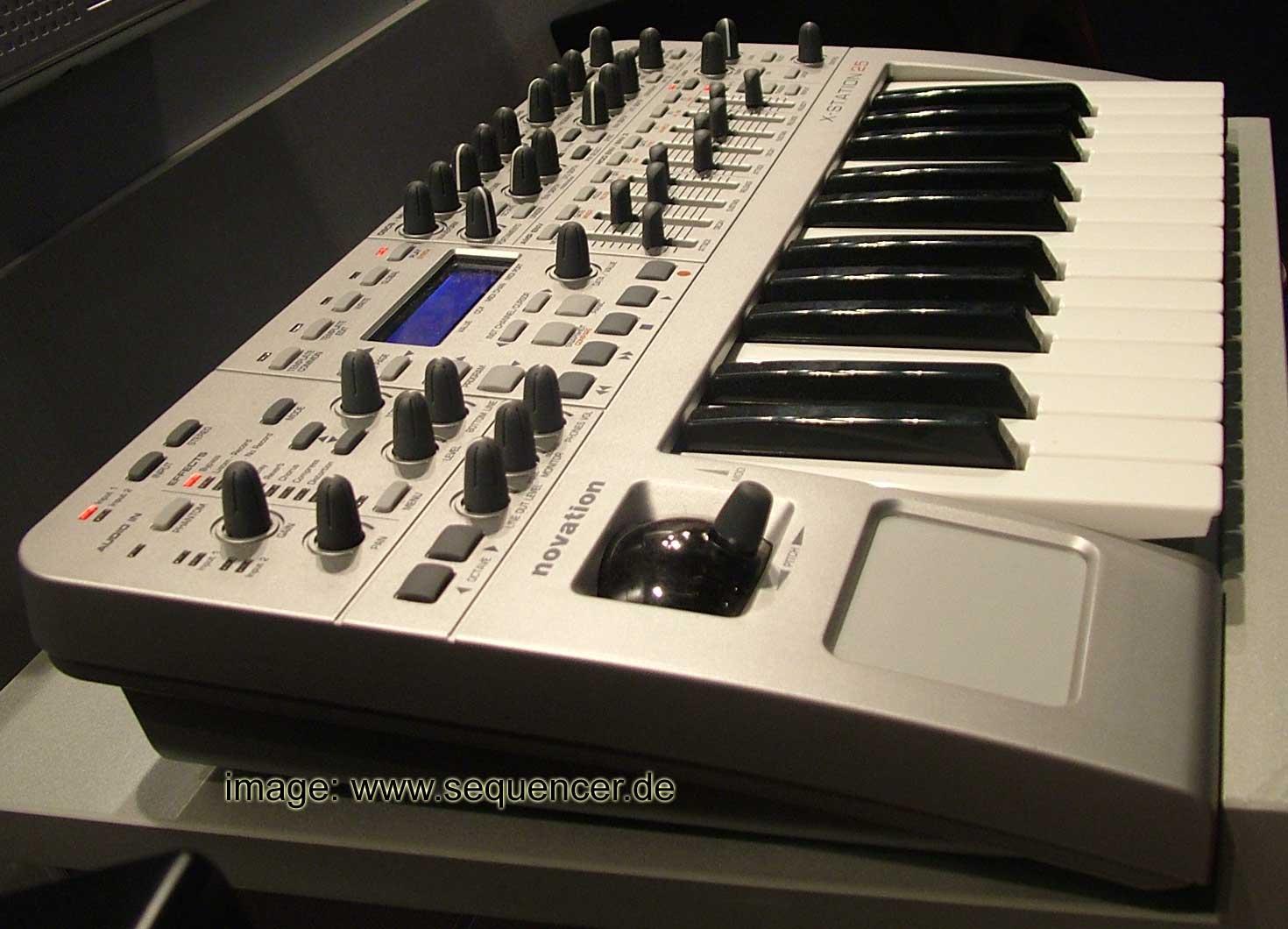 Novation x Station synthesizer