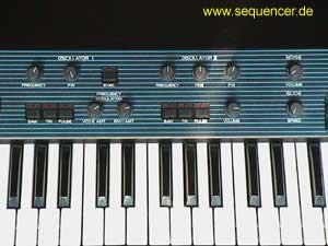 SSB Syntec Banana SSB Banana synthesizer