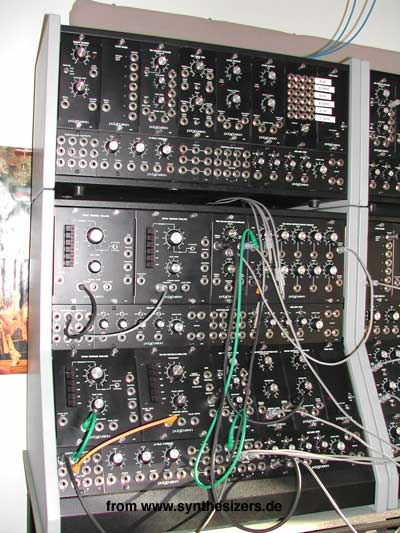 modular synthesizer + sequencer
