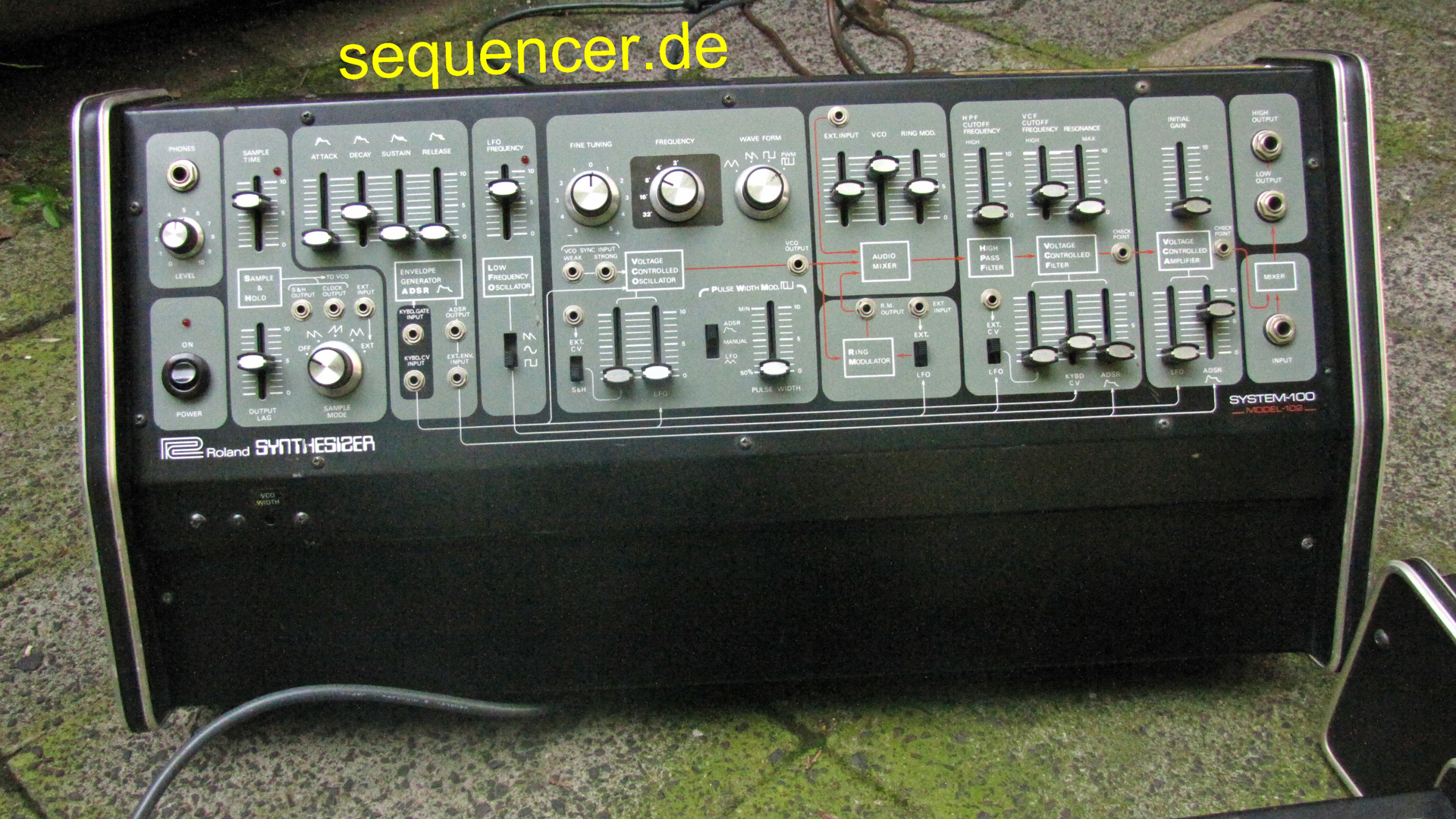 System 100 - Expander 102 System 100 - Expander 102 synthesizer